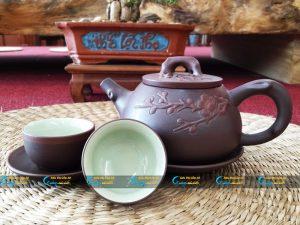 Bộ trà tử sa Bát Tràng đắp nổi hoa đào