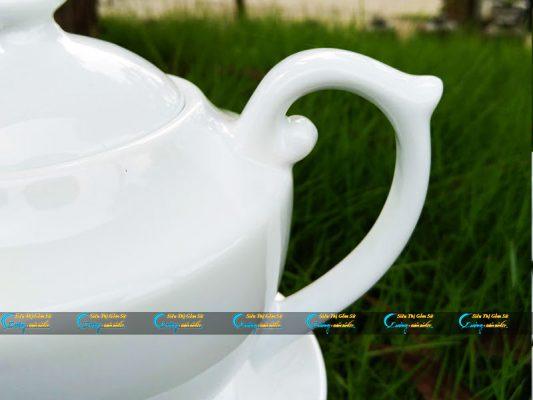 Bộ trà trắng Bát Tràng dáng đèn thần