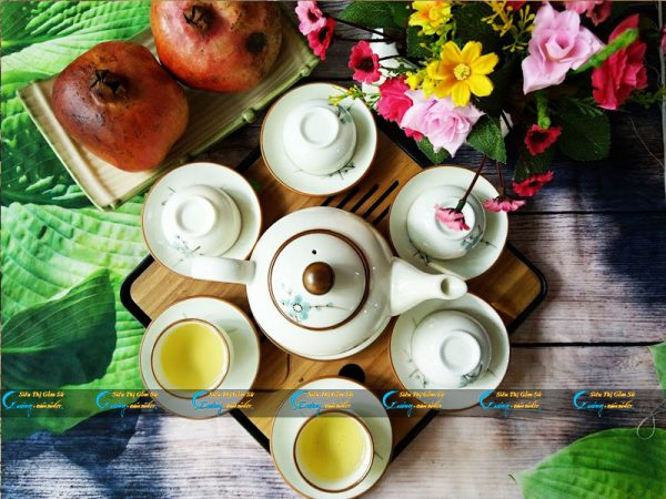 Bộ trà trắng đào xanh kẻ viền nâu Bát Tràng