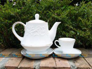 Bộ trà trắng hoa dây đắp nổi kẻ vàng kim