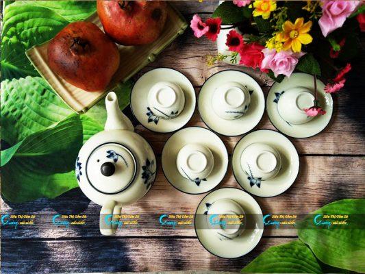 Bộ trà trắng vẽ sen xanh Bát Tràng